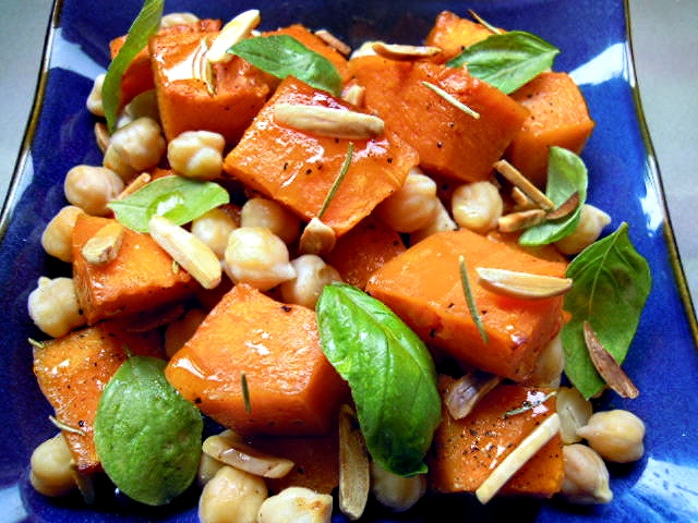 Roasted pumpkin and chickpea salad – delicious!