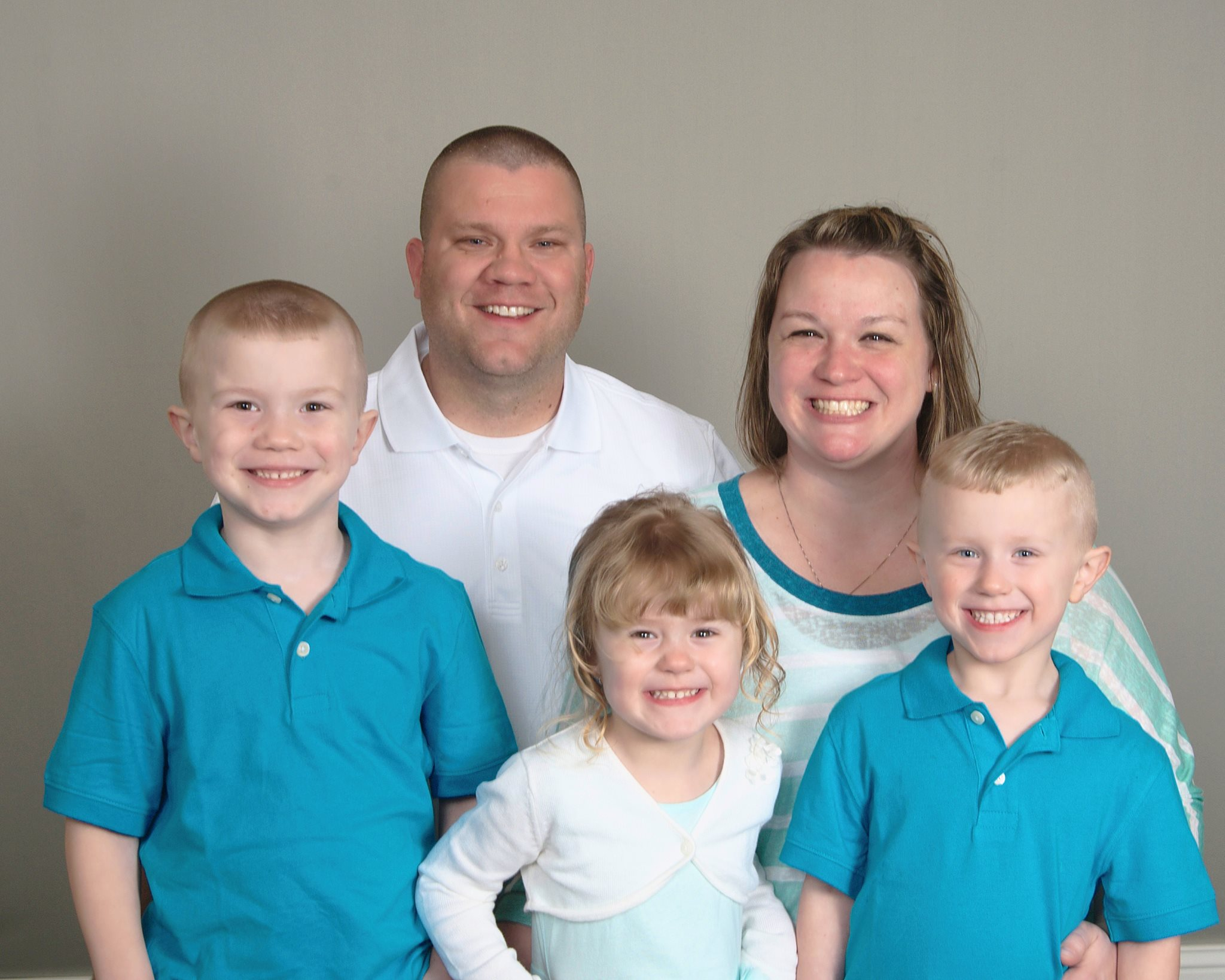 Christopher George & Suzanne Kopp with their children Jacob, Benjamin and Baylee Kopp
