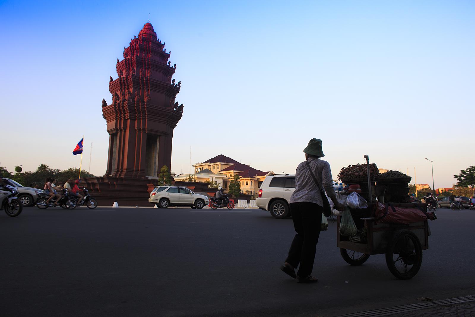 cambodia 2013 street seller