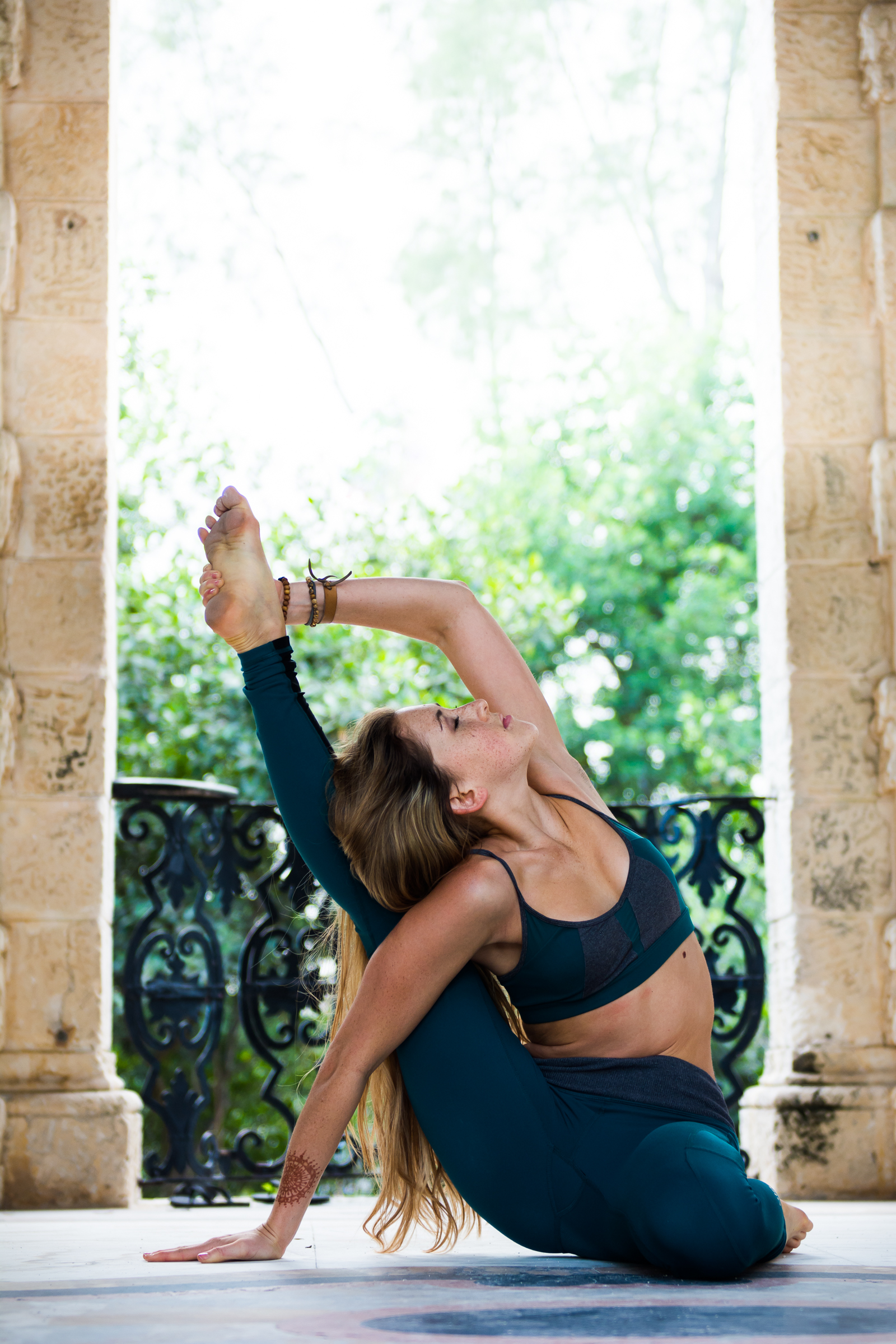 Yoga, lifestyle and portrait photographer Cayman - image shot at Vizcaya Miami.