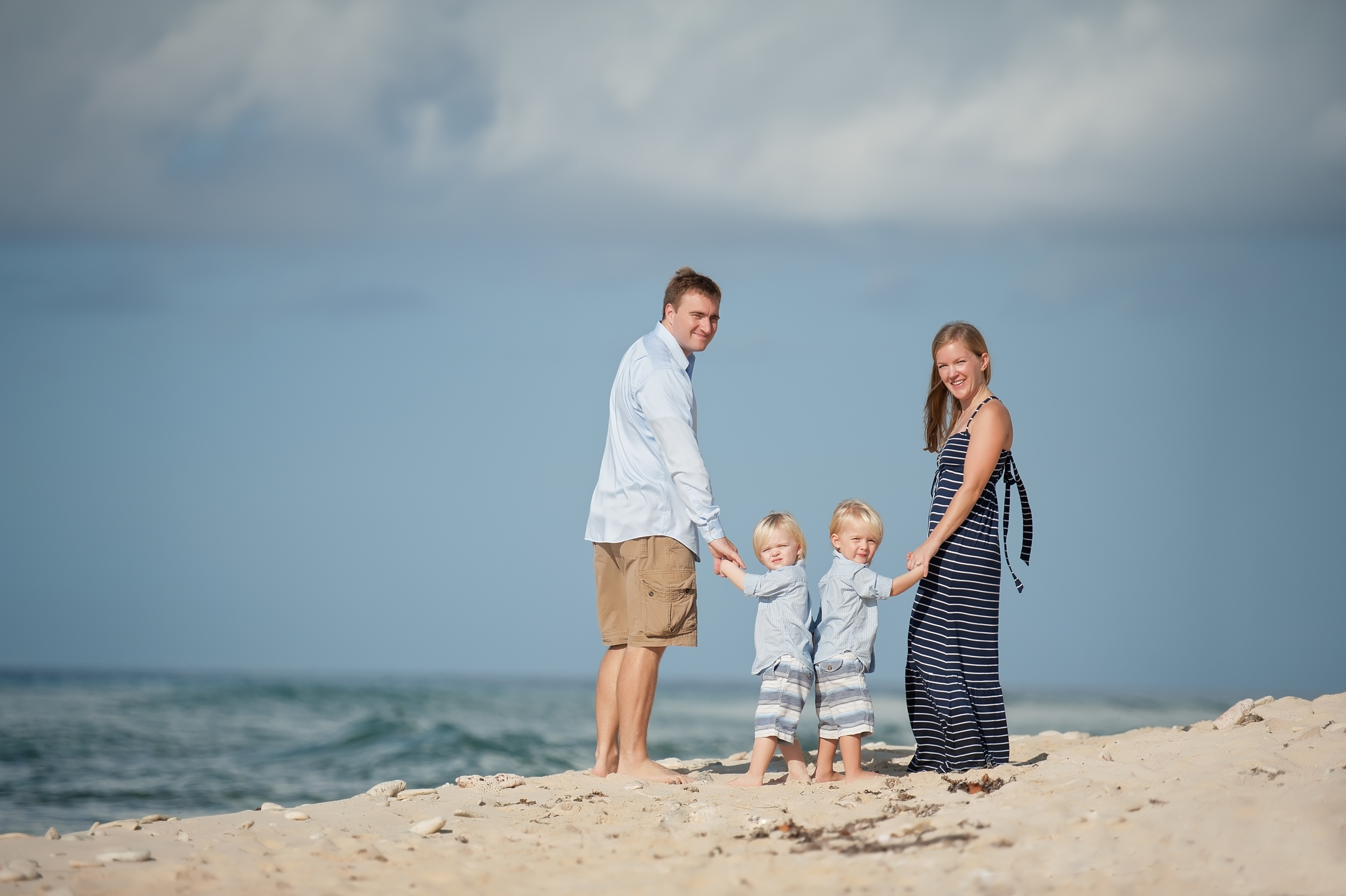Grand Cayman family portrait photographer