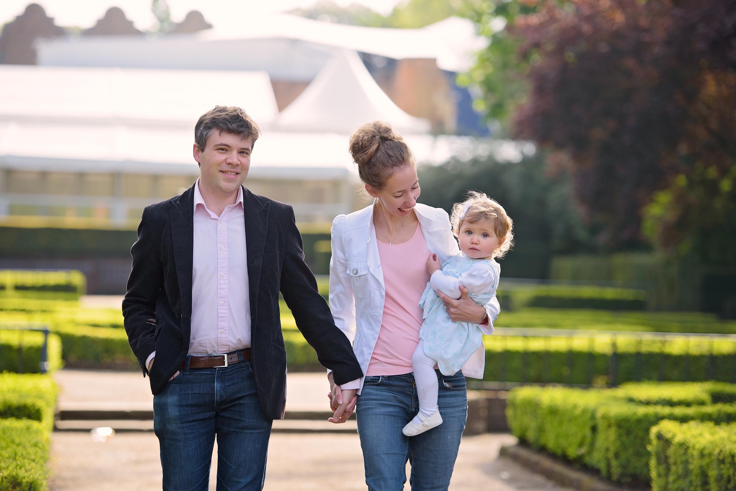 Holland Park family photoshoot