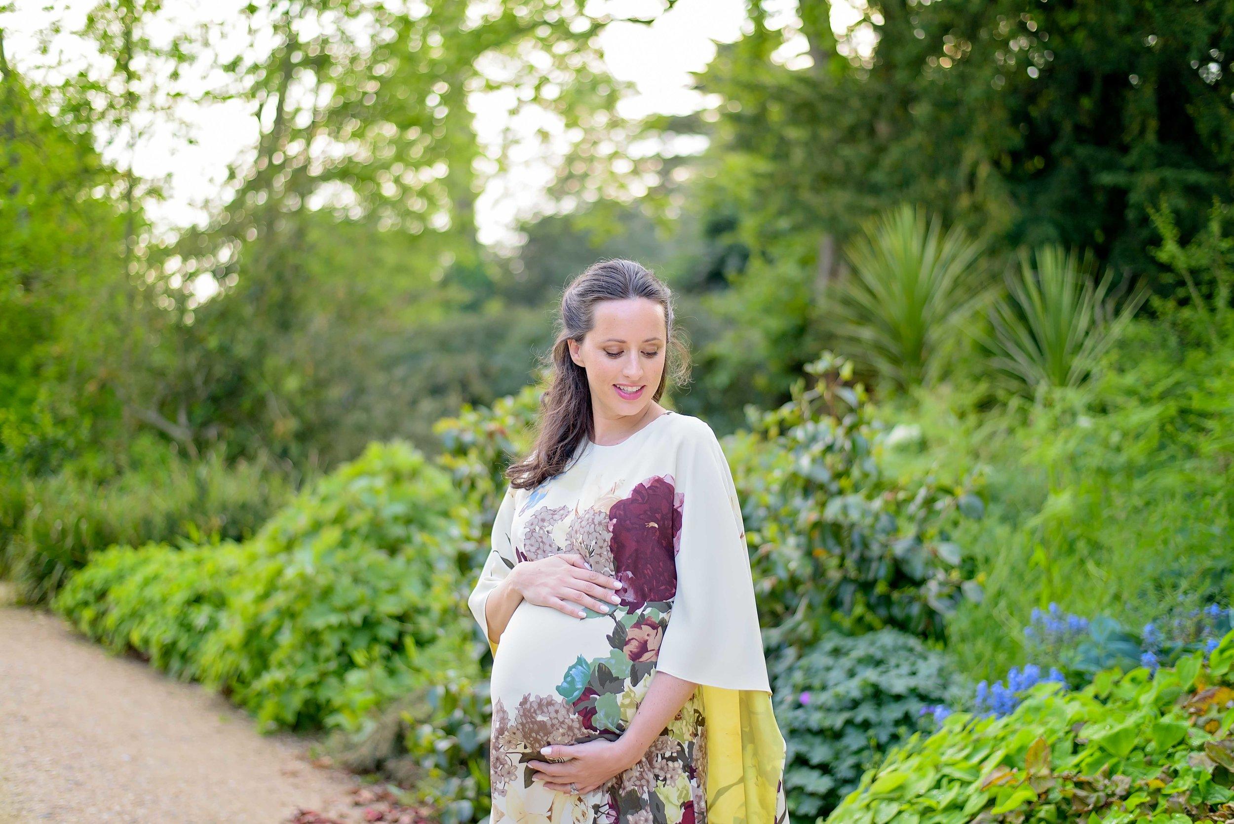Best pregnancy photographers UK