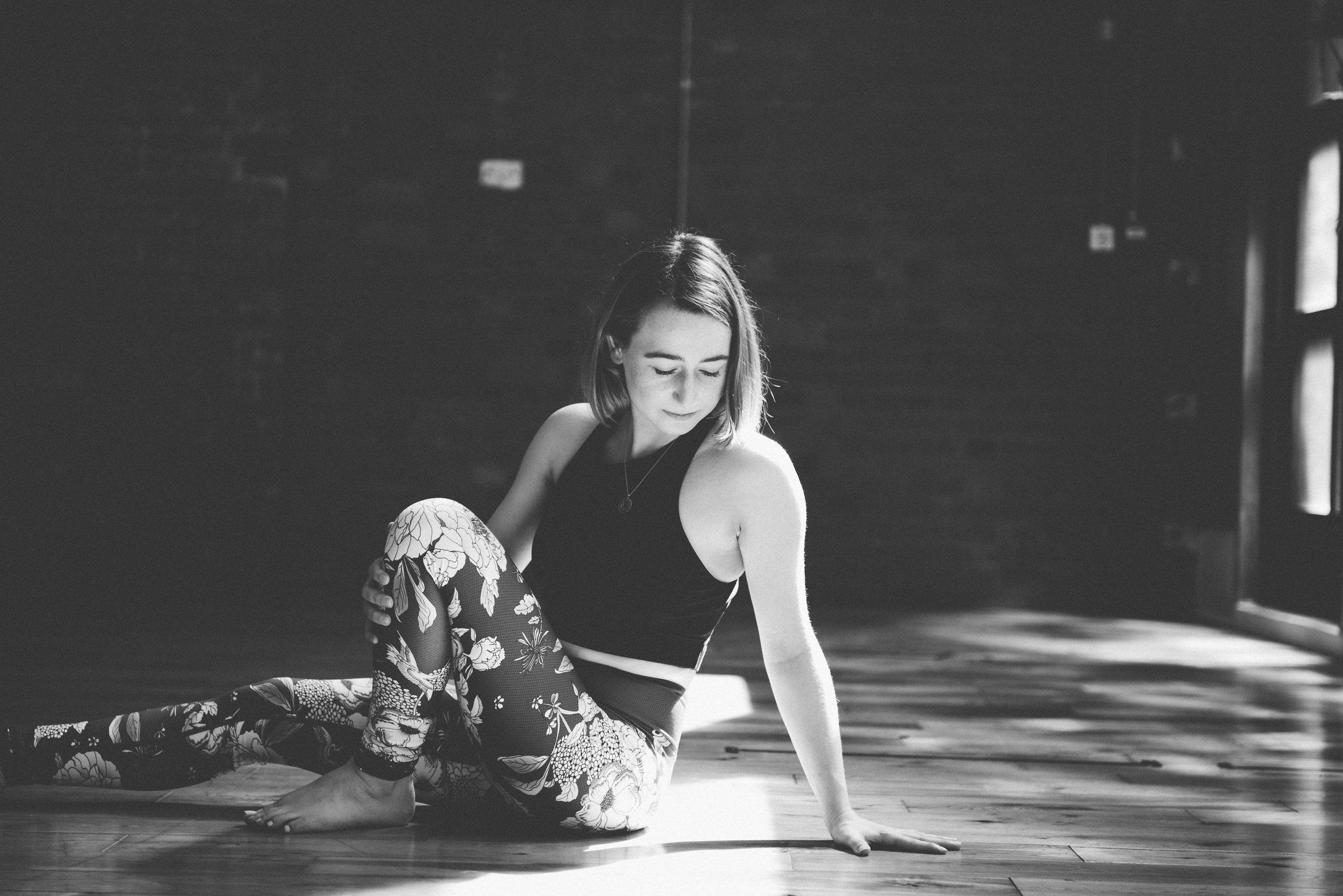 yoga photography lighting