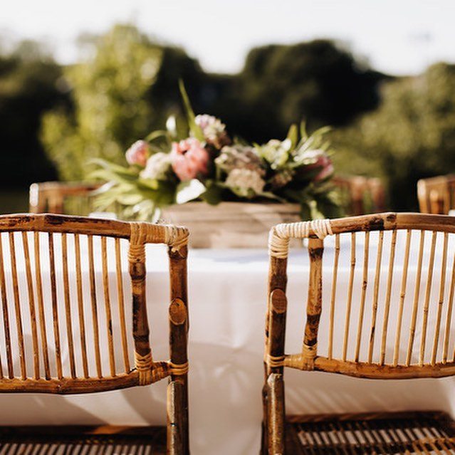Summer parties!!! @harvesthomewayzata #summer #twincities #shopsmall #msp #floraldesign #privateparties #lakeminnetonka #wayzata #harvesthomewayzata #foodtruck #europeandesign