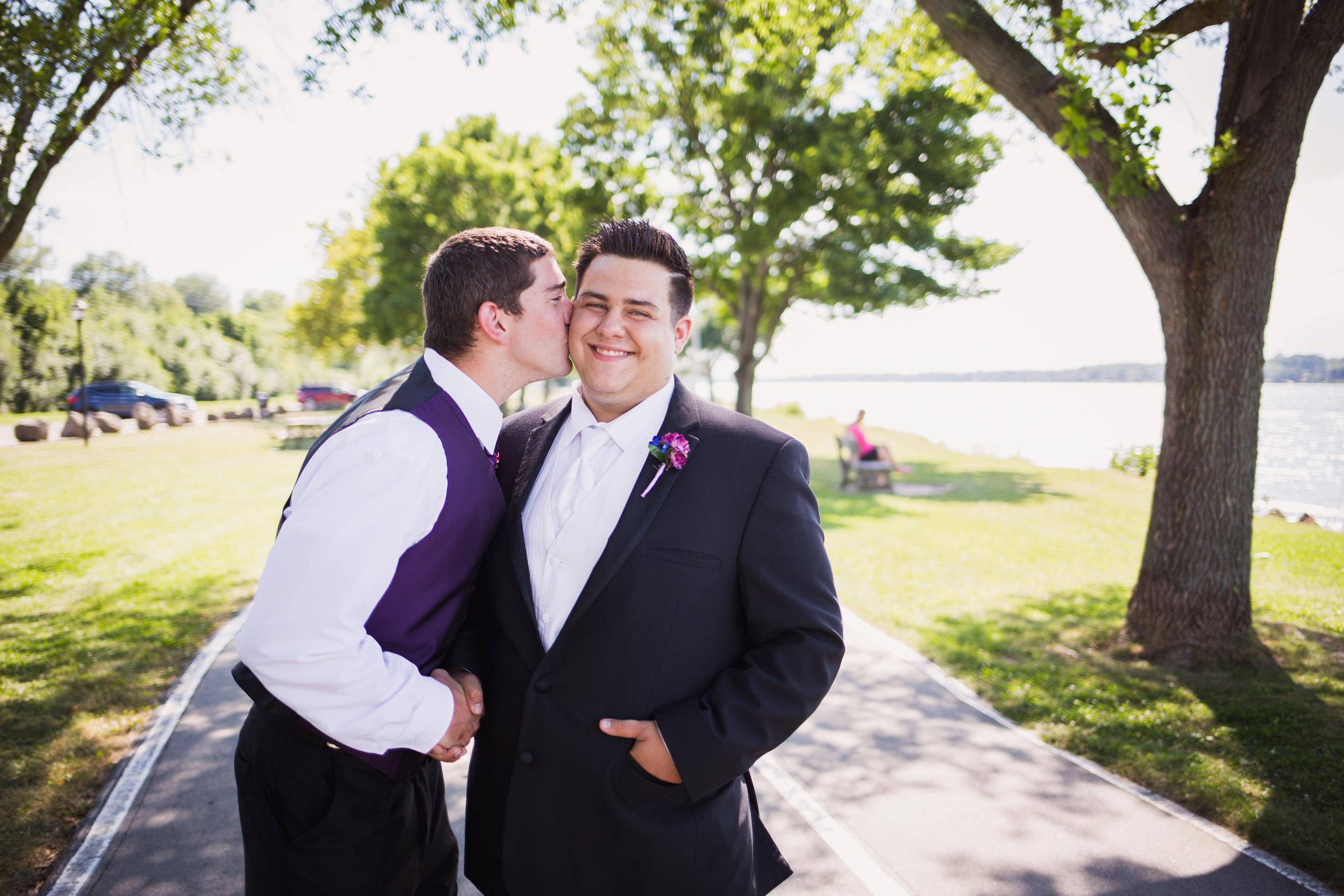 Stephanie-and-Mitchell-Buffalo-NY-Wedding-Stefan-Ludwig-Photography-32.jpg