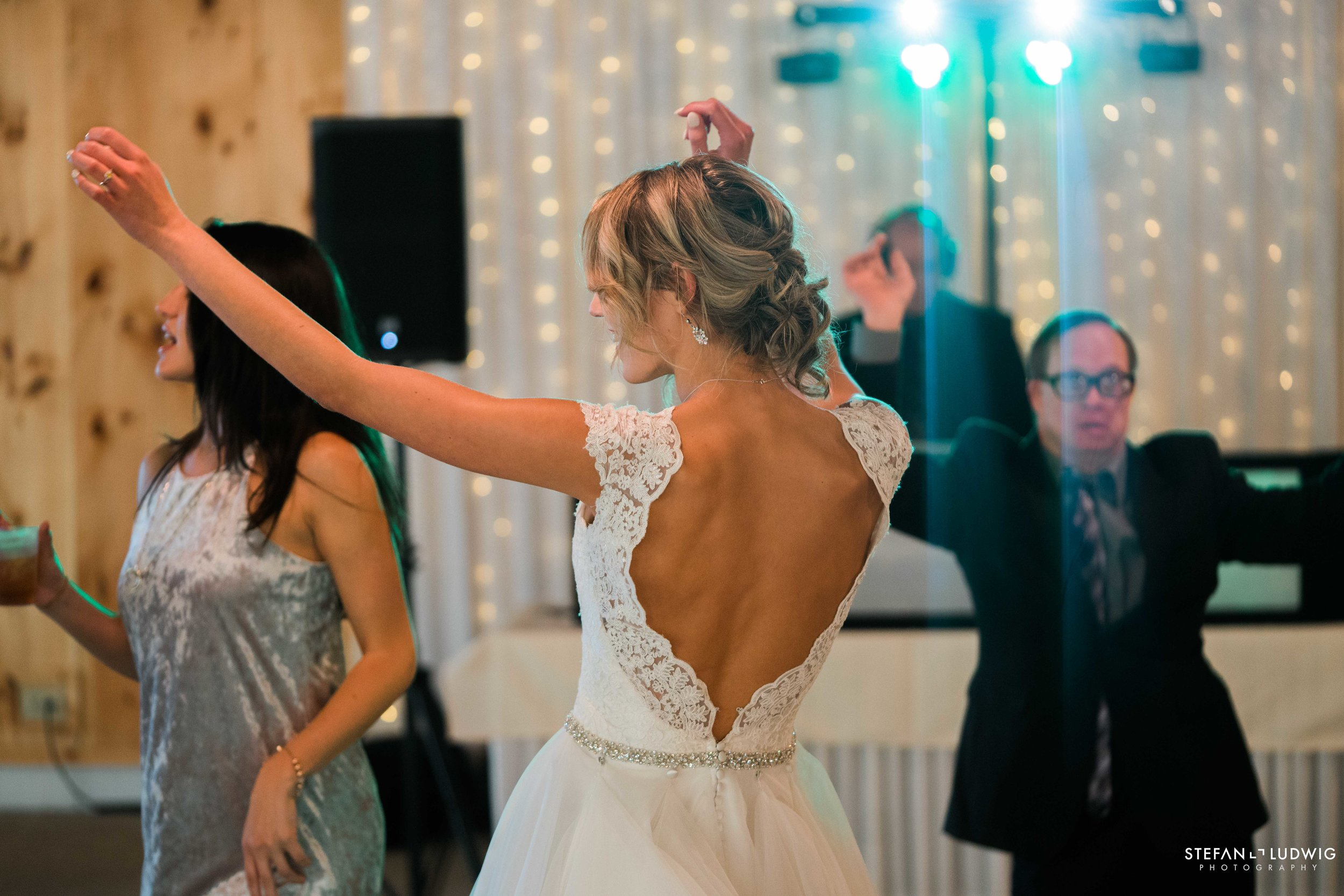 Amanda and Jordan Blog at Josephs Country Manor in Depew NY by Stefan Ludwig Photography-42.jpg