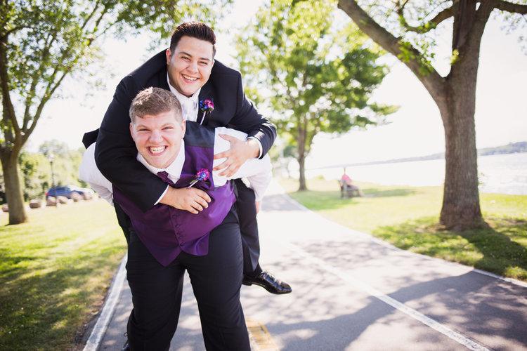Stephanie-and-Mitchell-Buffalo-NY-Wedding-Stefan-Ludwig-Photography-34-2.jpg