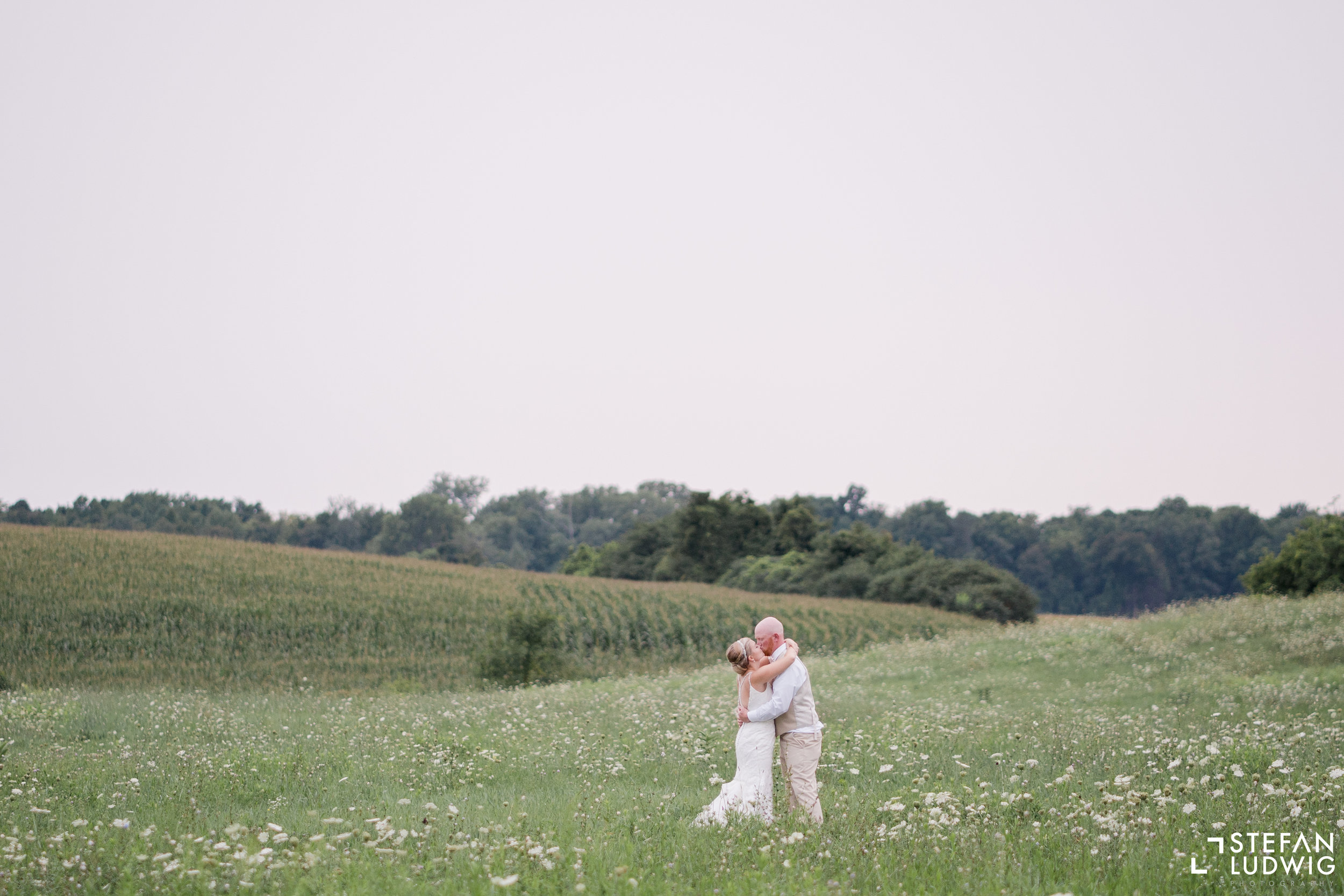 Blog Chelsea and Beau Wedding Photography at Gallagher Barn in Gasport NY by Stefan Ludwig Photography -84.jpg