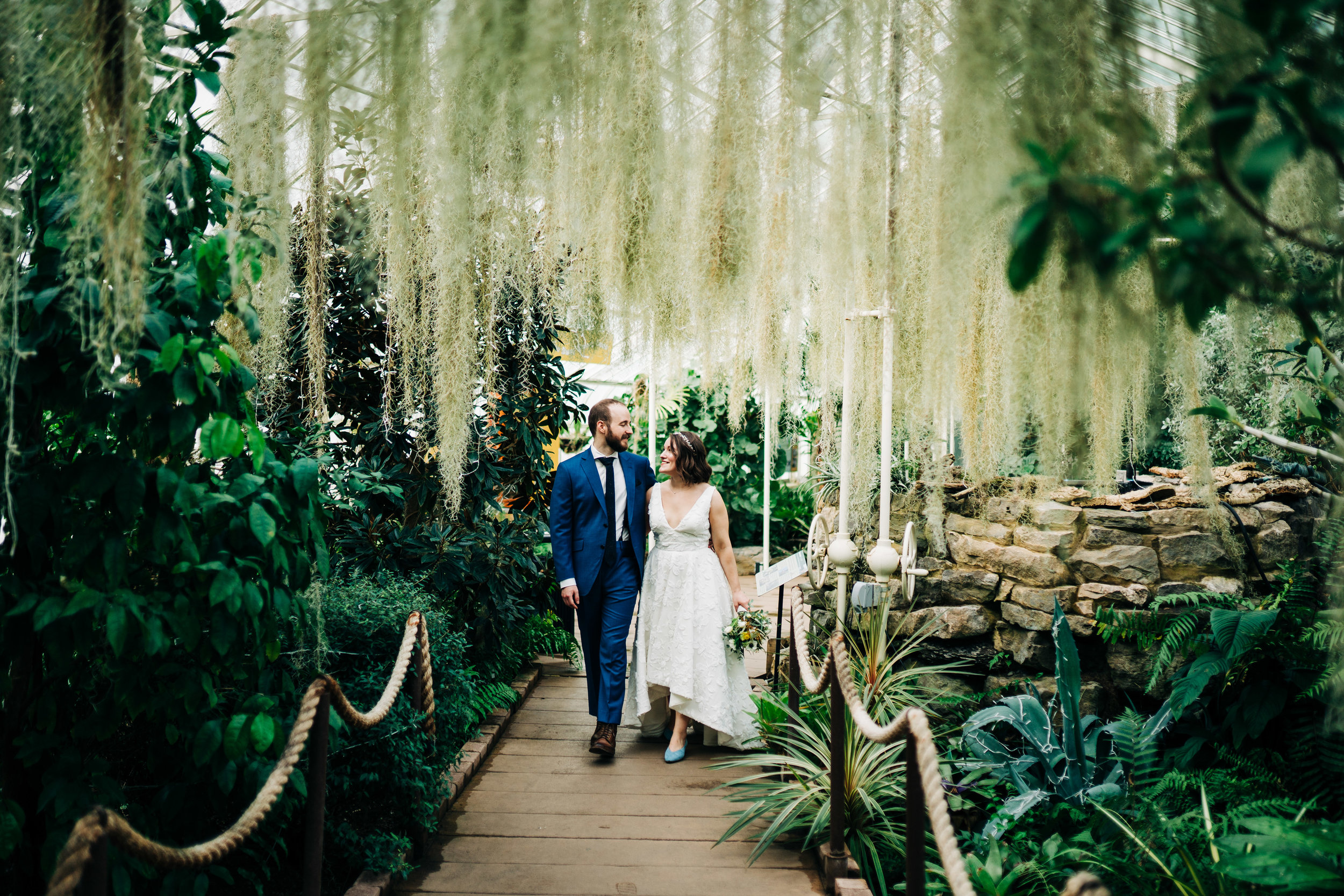 Megan and Scott Wedding Photography at Buffalo NY Botanical Gardens by Stefan Ludwig Photography-126.jpg