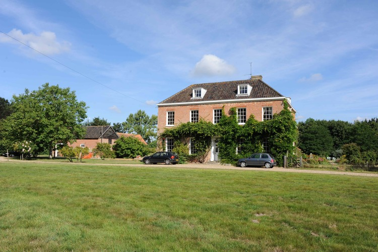 Country House remodelling 01.jpg
