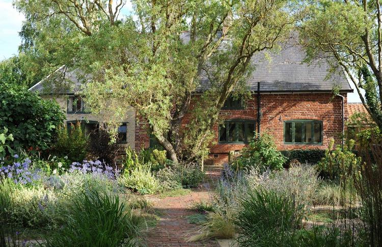 Farmhouse conversion 02.jpg