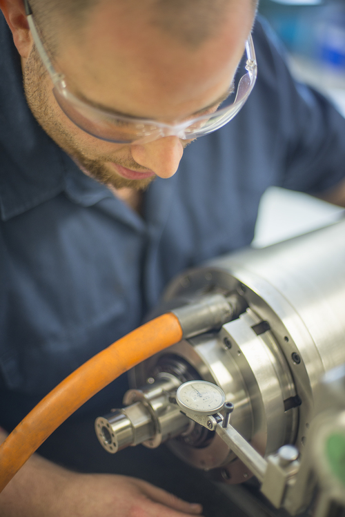 Close Spindle Inspection.jpg