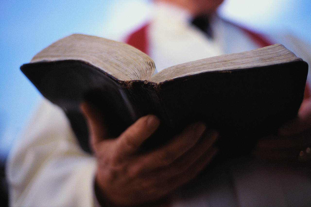 Bible-clergy.jpg