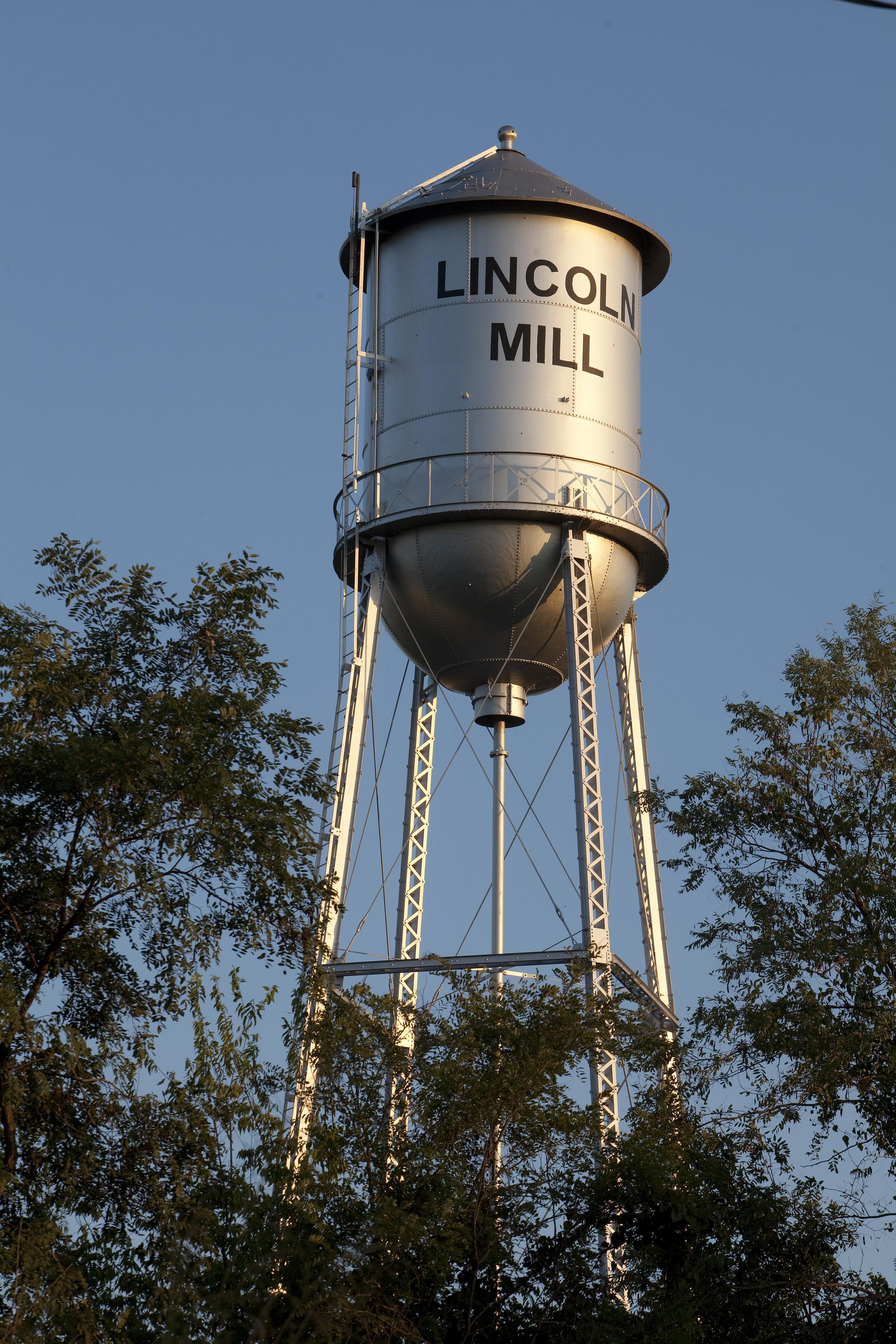 1-LincolnMills100310dKeim-IMG_0542.jpg