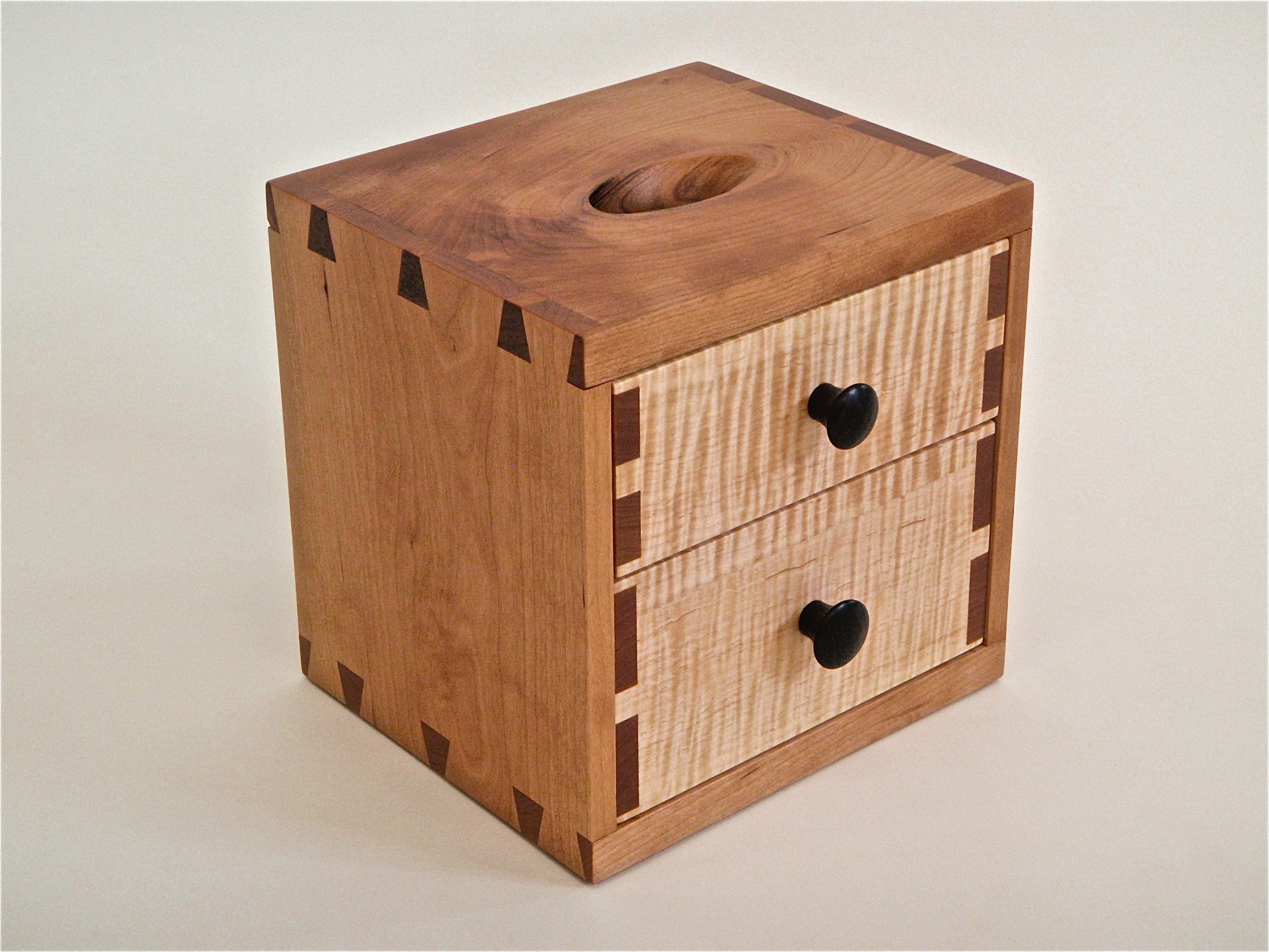 Piggy bank box 01