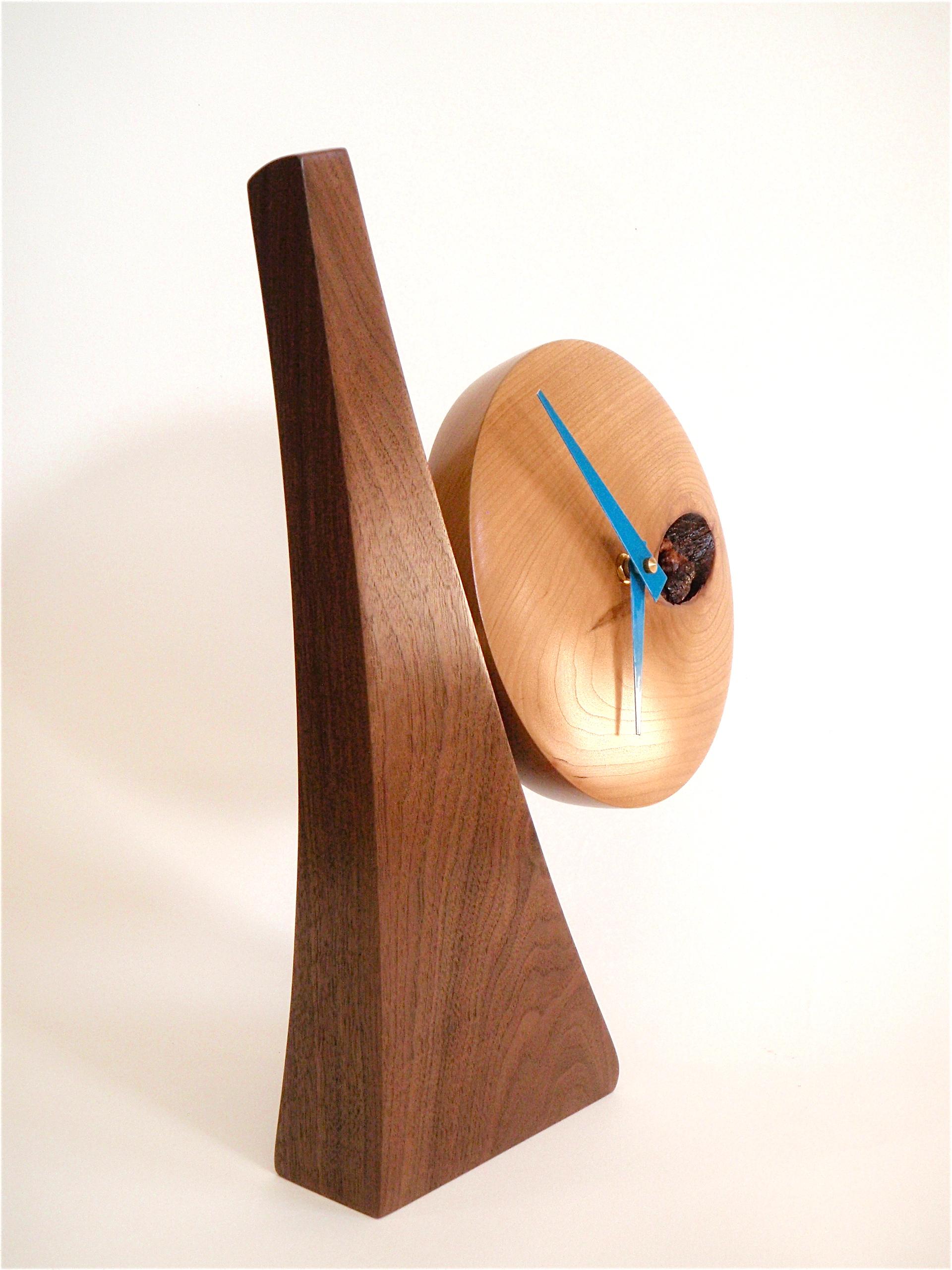 Adjustable desk clock 01