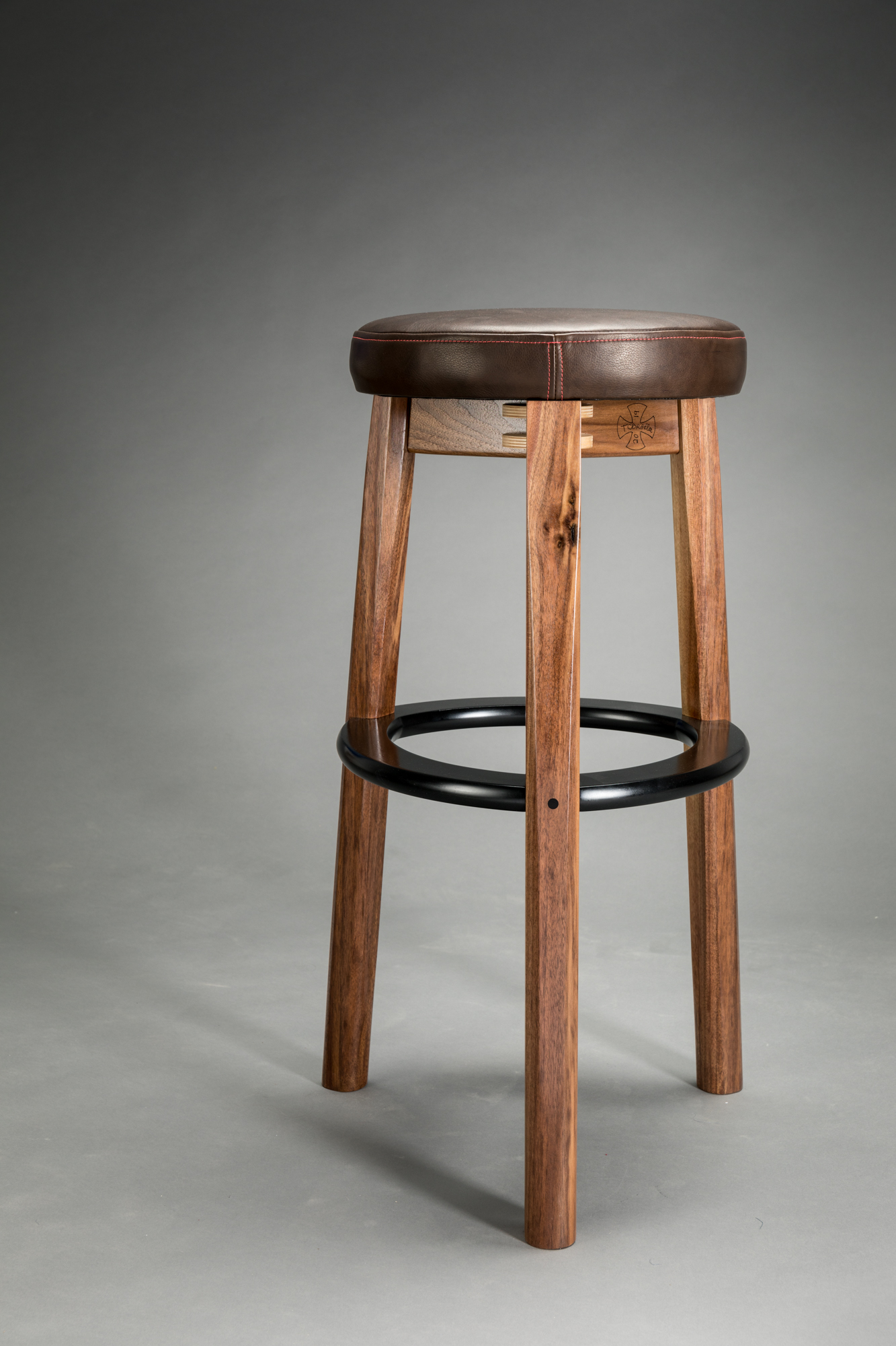 bar stool, bar height