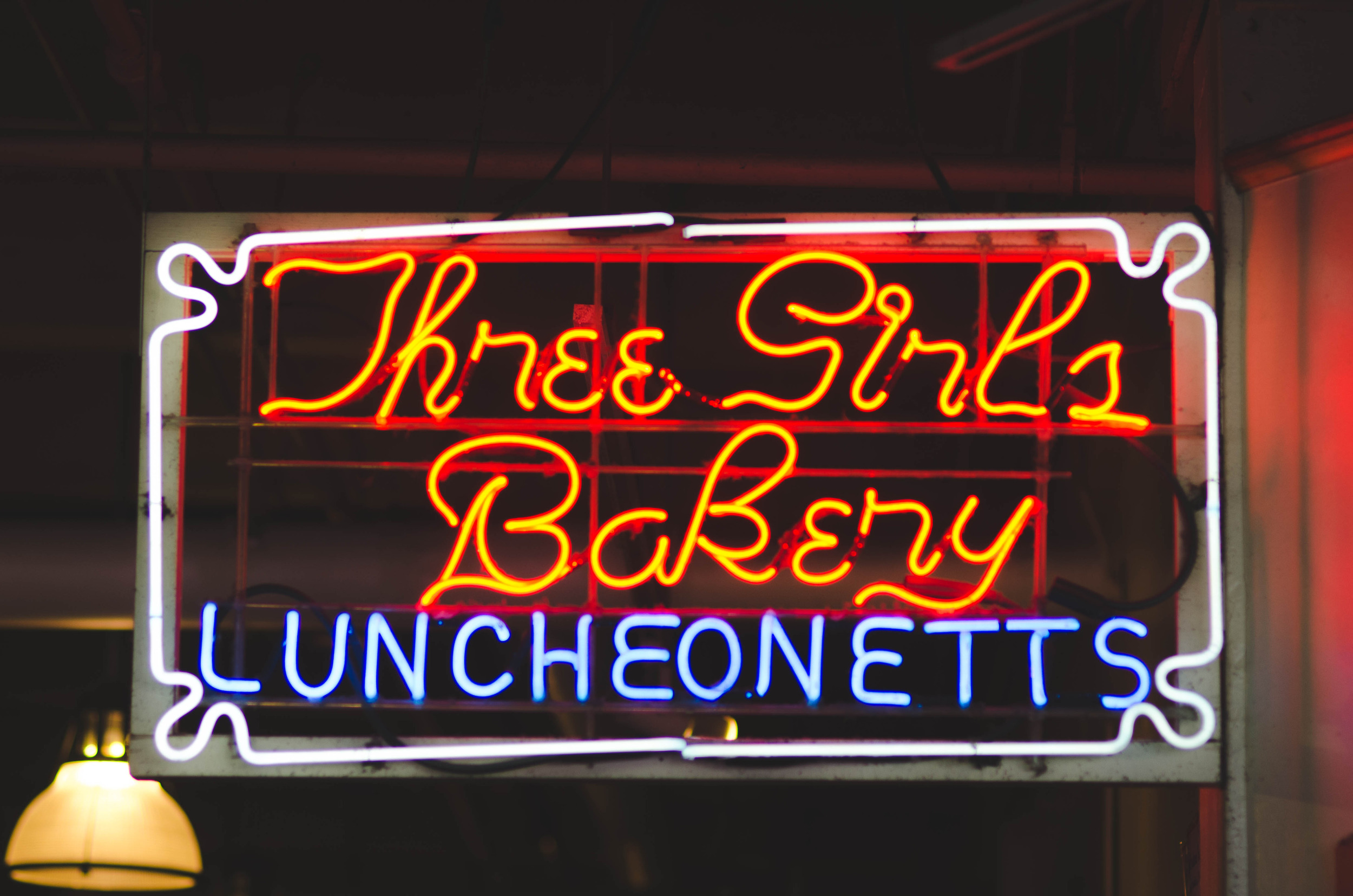 Three Girls Bakery, open since 1912.  Seattle Times article about the bakery   here  .