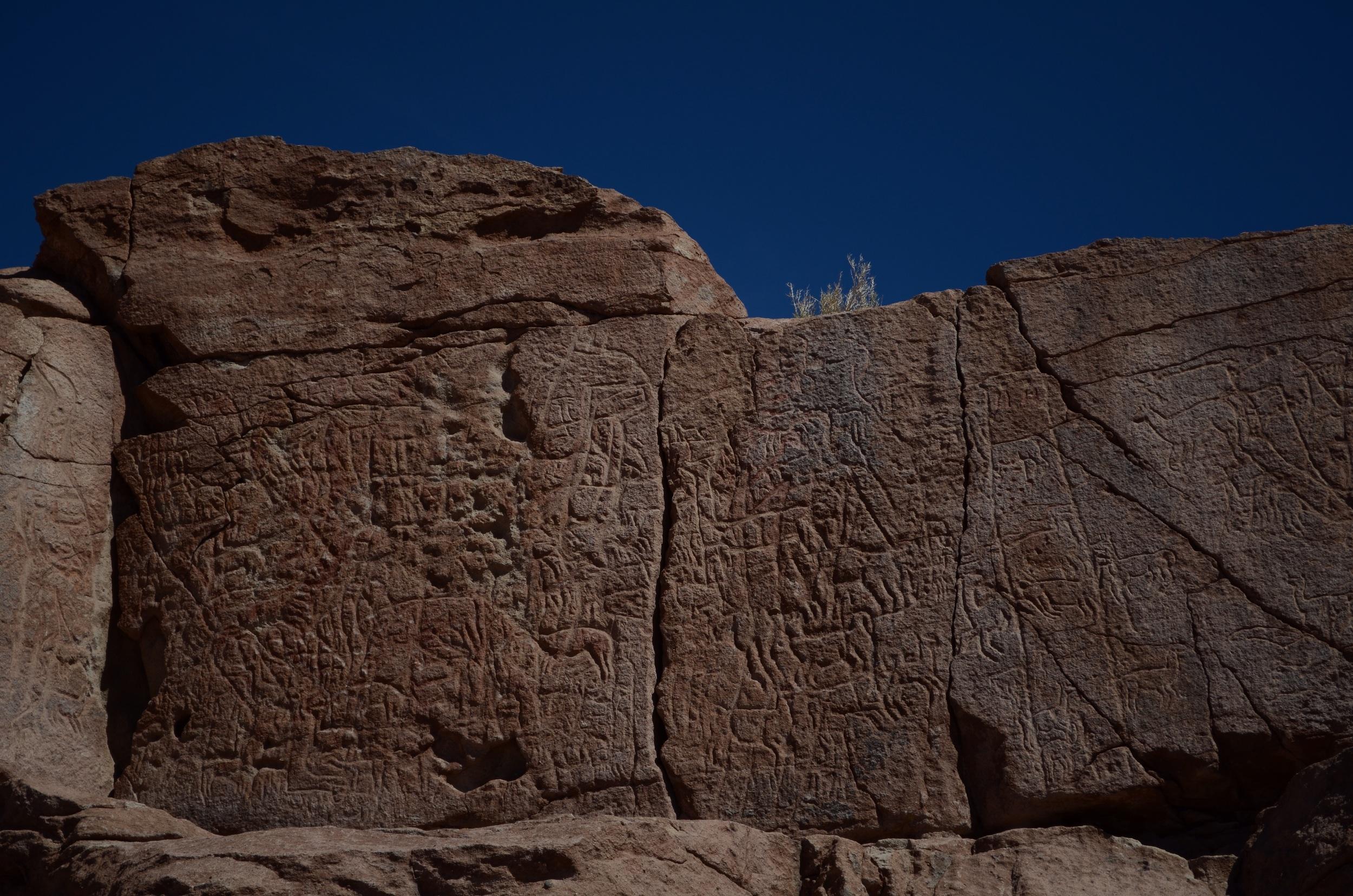 Petroglyphs at Hierbas Buenas // 16 april 2015