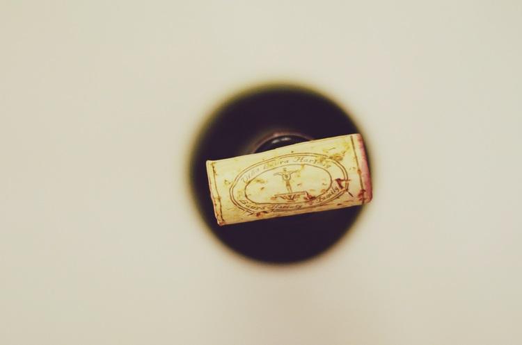 Laura Hartwig vineyards' wine bottle cork