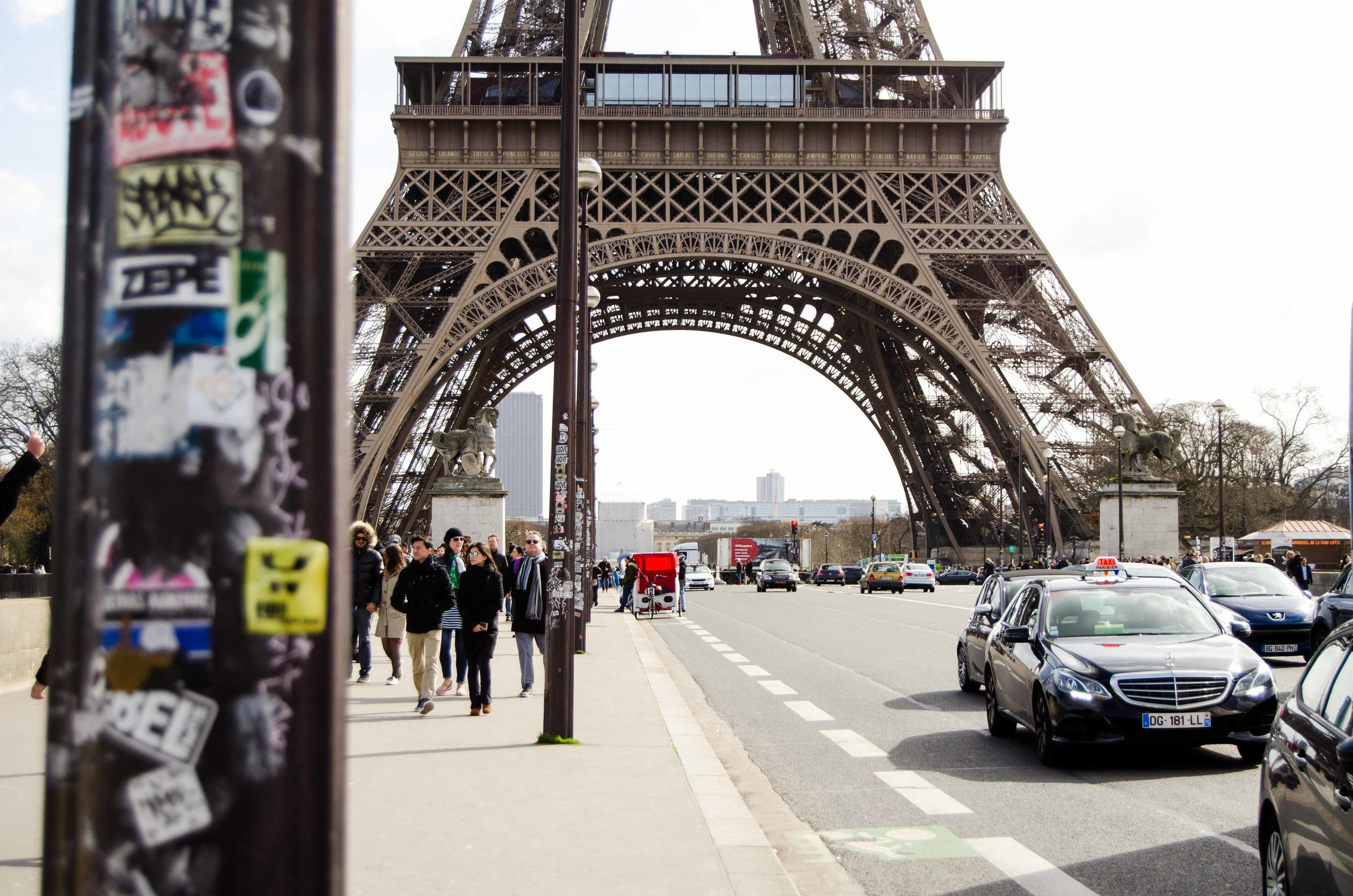 march 2 // street scene northwest of the Eiffel Tower