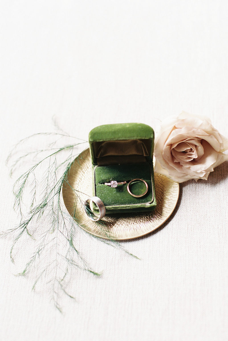 How to ensure gorgeous ring photos on your wedding day 38
