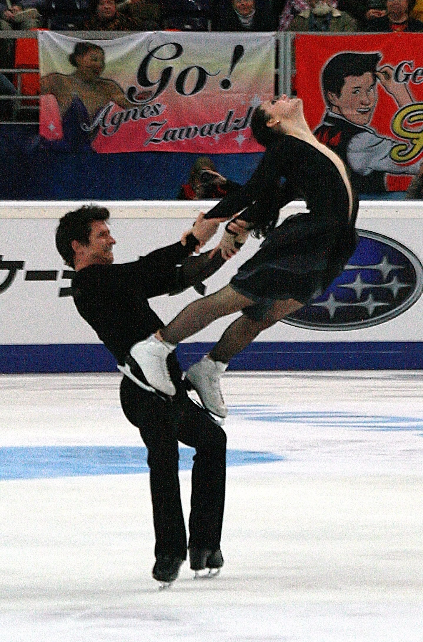 "Scott Moir and Tessa Virtue perform their ""Carmen""-themed program at the 2012 Rostelecom Cup."