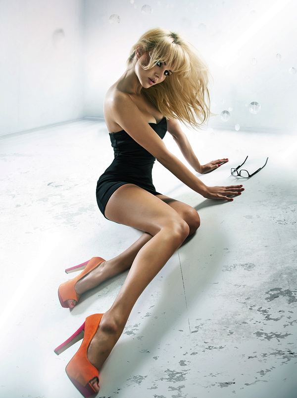 bighair blonde model shoot.jpg