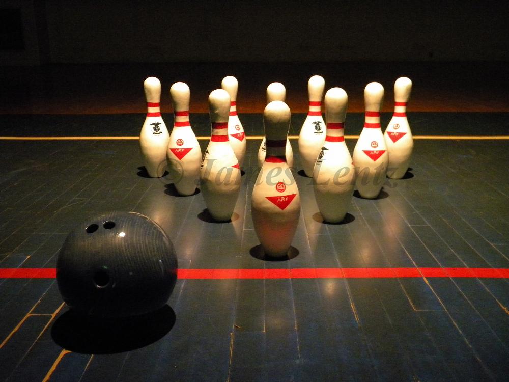 C.Bowling_WMsm.jpg