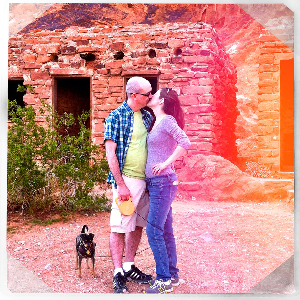 2014-03MAR-05 Valley of Fire State Park, The Cabins. Mommy, Daddy, Baby & Choco