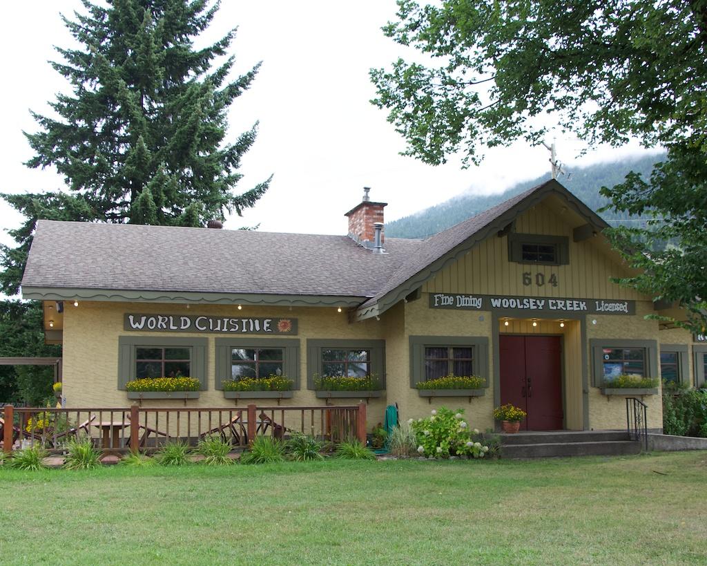 Woolsey Creek Bistro Revelstoke BC www.glutenfreetravelette.com