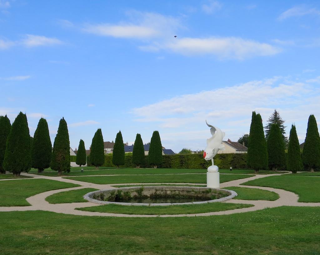 Scenes from France: Chateau de Gilly www.glutenfreetravelette.com