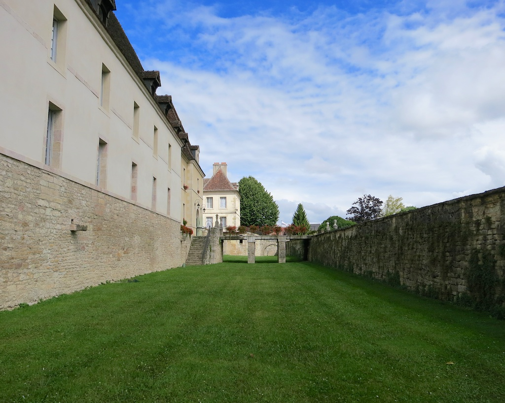 Scenes from France: Chateau de Gilly