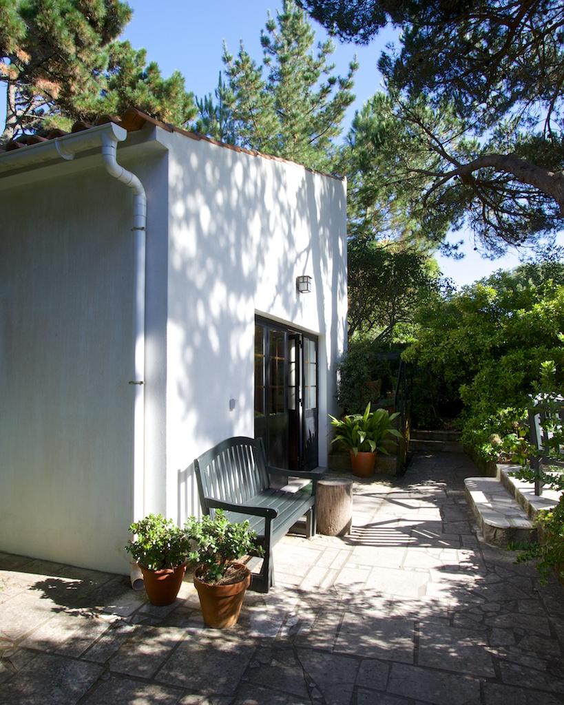 The Rose Cottage at Quinta Colina Flora in Pé da Serra, Portugal