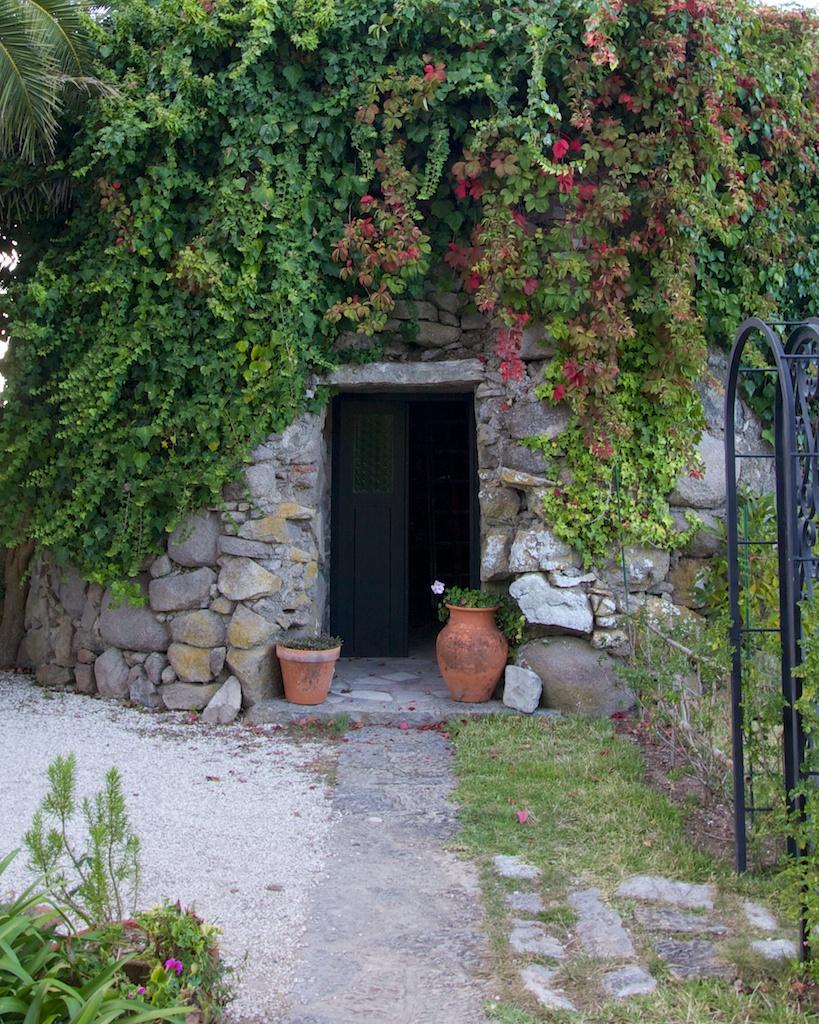 Colina Flora Garden Shed, Portugal