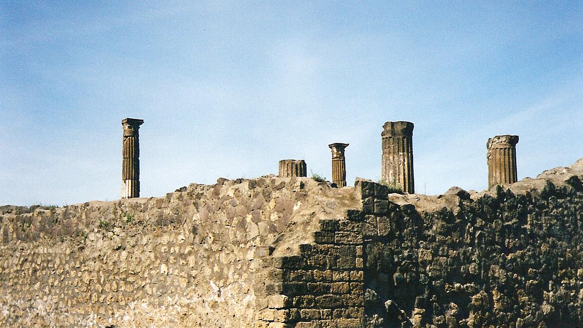 Pompeii-1.jpg