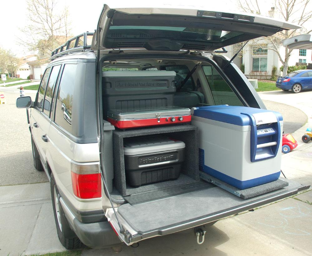 A well organized Range Rover with an  ARB Fridge/Freezer .