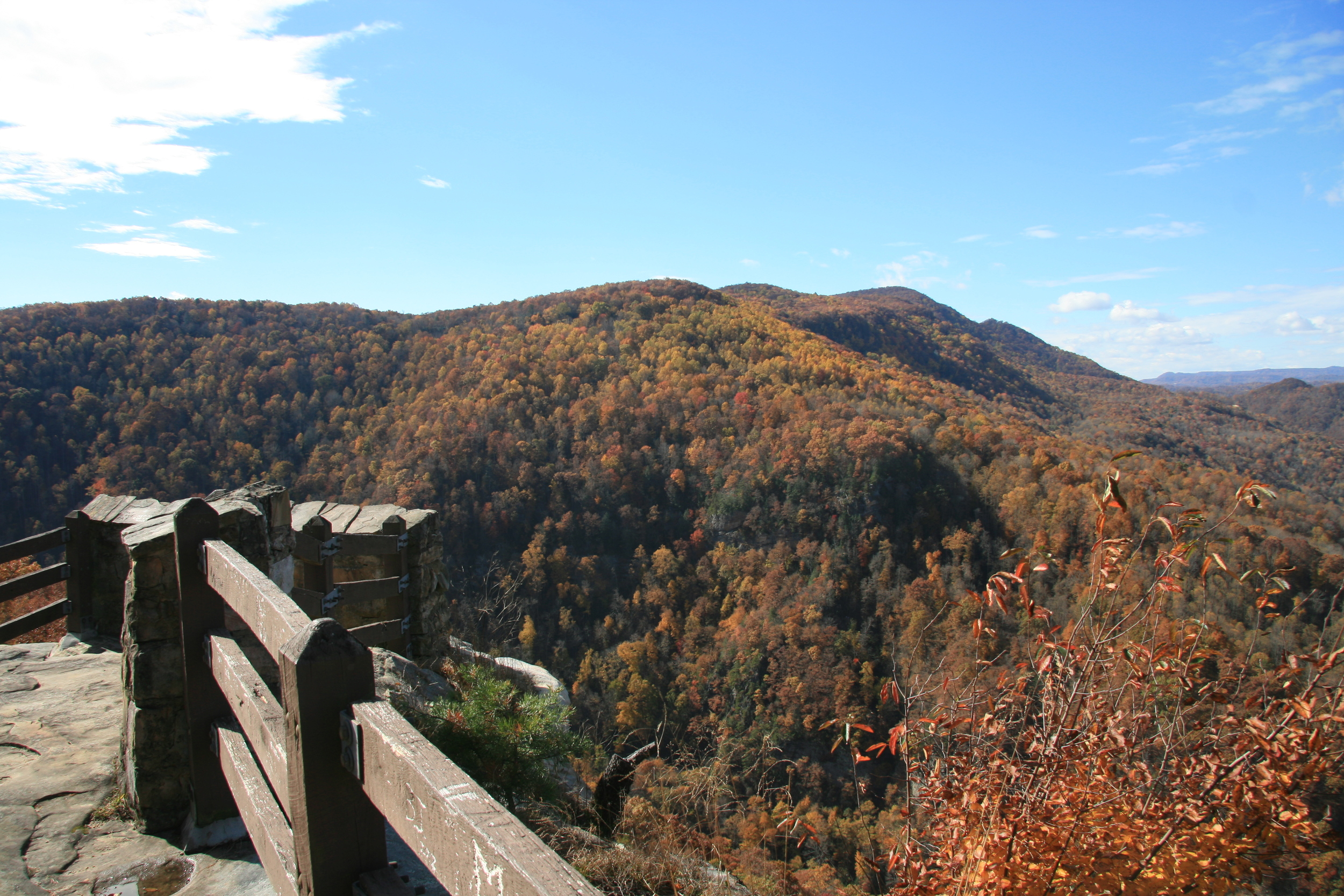 An mid-Fall view of the Russell Fork Gorge  (photo courtesy  Travis Wolcott )