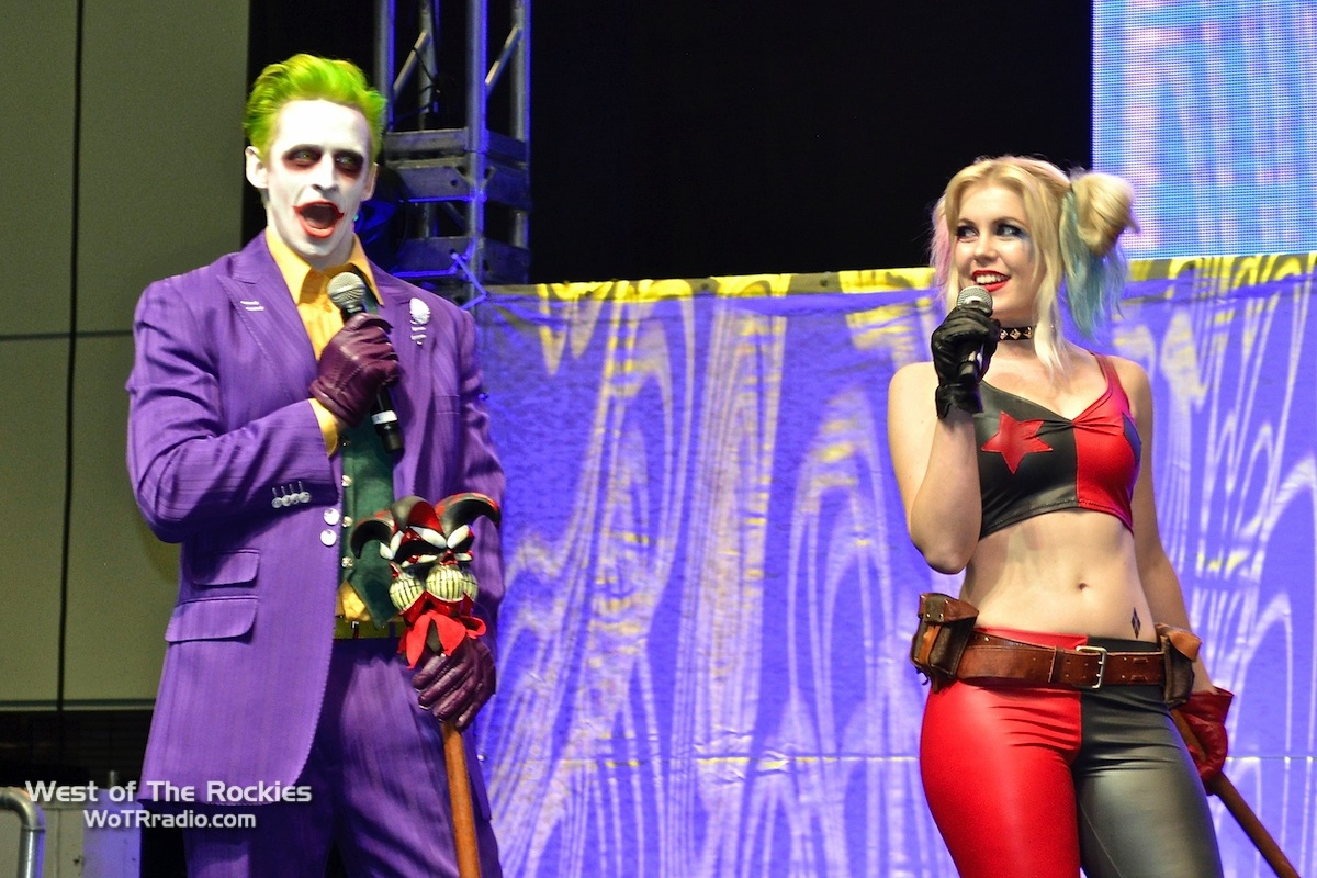 What would Stan Lee's LA Comic Con be without an appearance by the Joker and Harley Quinn.