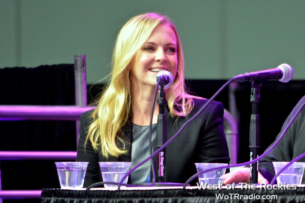 """Melissa Joan Hart on the main stage during the """"Sabrina, the Teenage Witch Reunion"""" panel."""