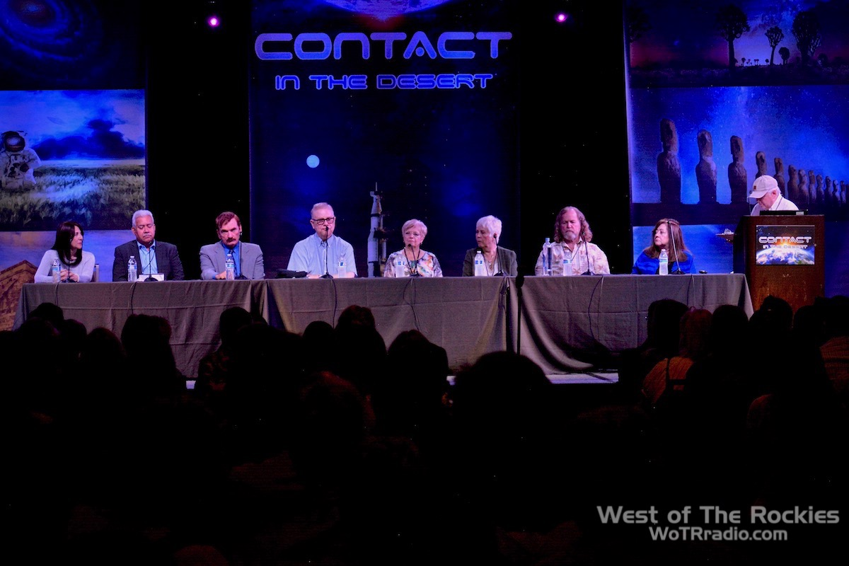 An All-Start Panel. From L to R: Victoria GeVoian, Rey Hernandez, Travis Walton, Whitley Strieber, Kathleen Marden, Mary Rodwell, James Gilliland, Yvonne Smith.  Contact In The Desert 2019 .