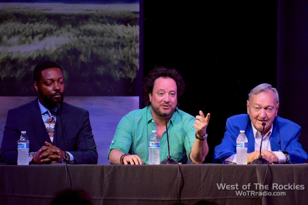 Panel: Billy Carson, Georgio Tsoukalos, Erich von Däniken. Contact In The Desert 2019.