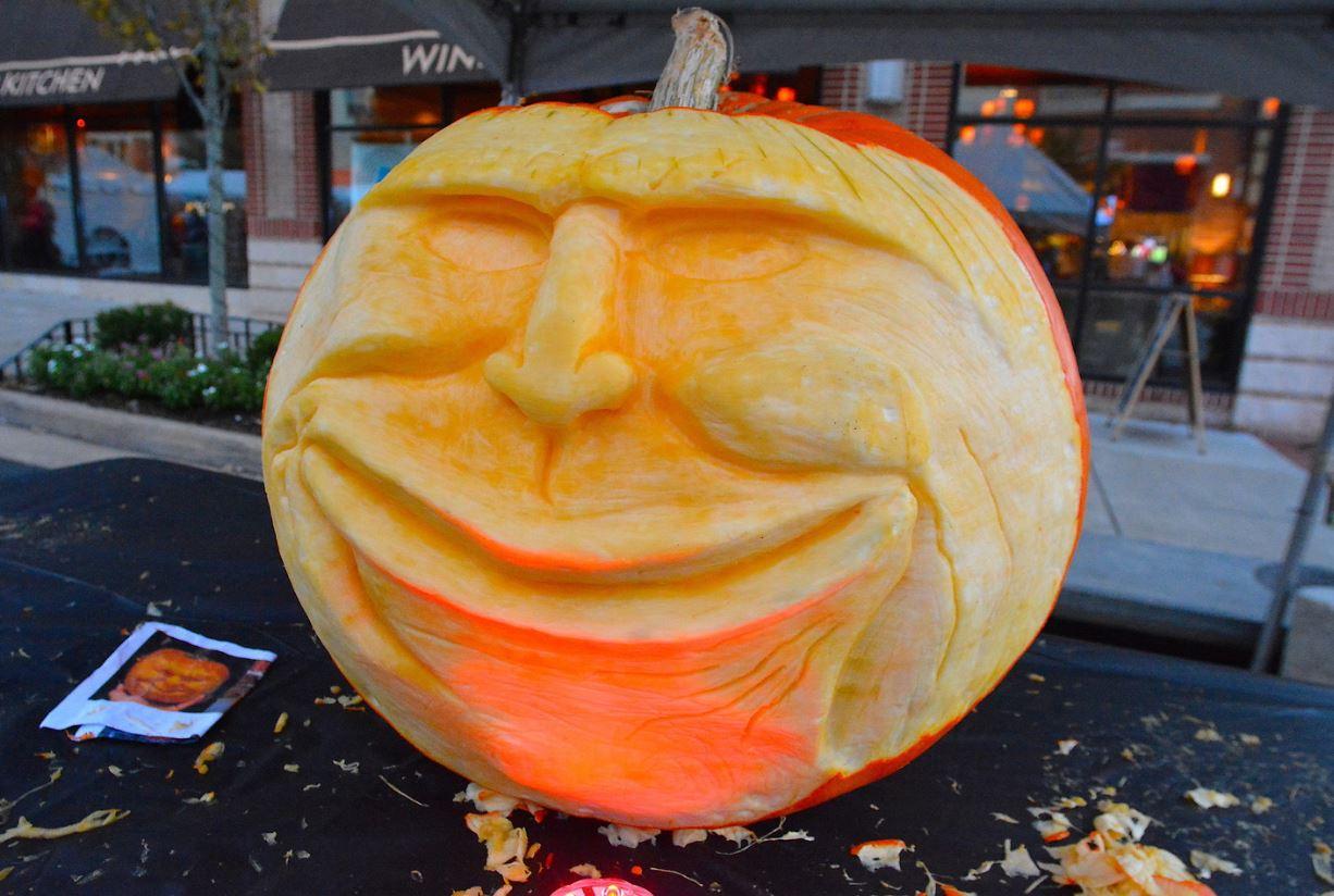 Leesburg Monster Mash Pumpkin Carver
