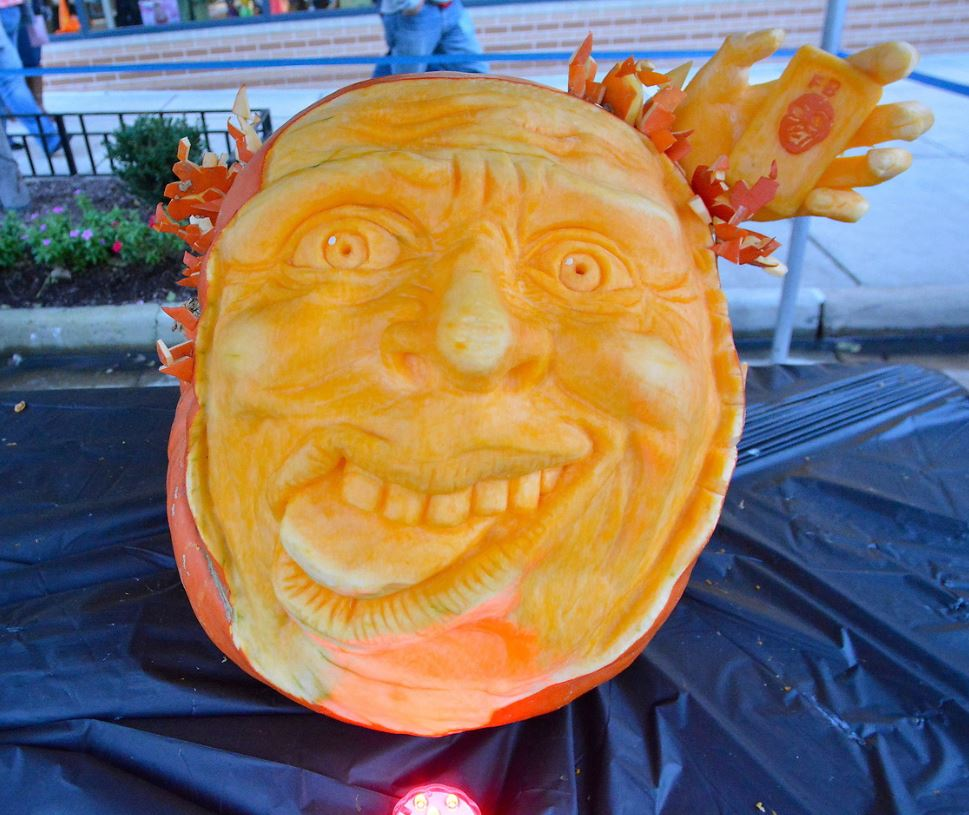Facebook Selfie Pumpkin Scupture