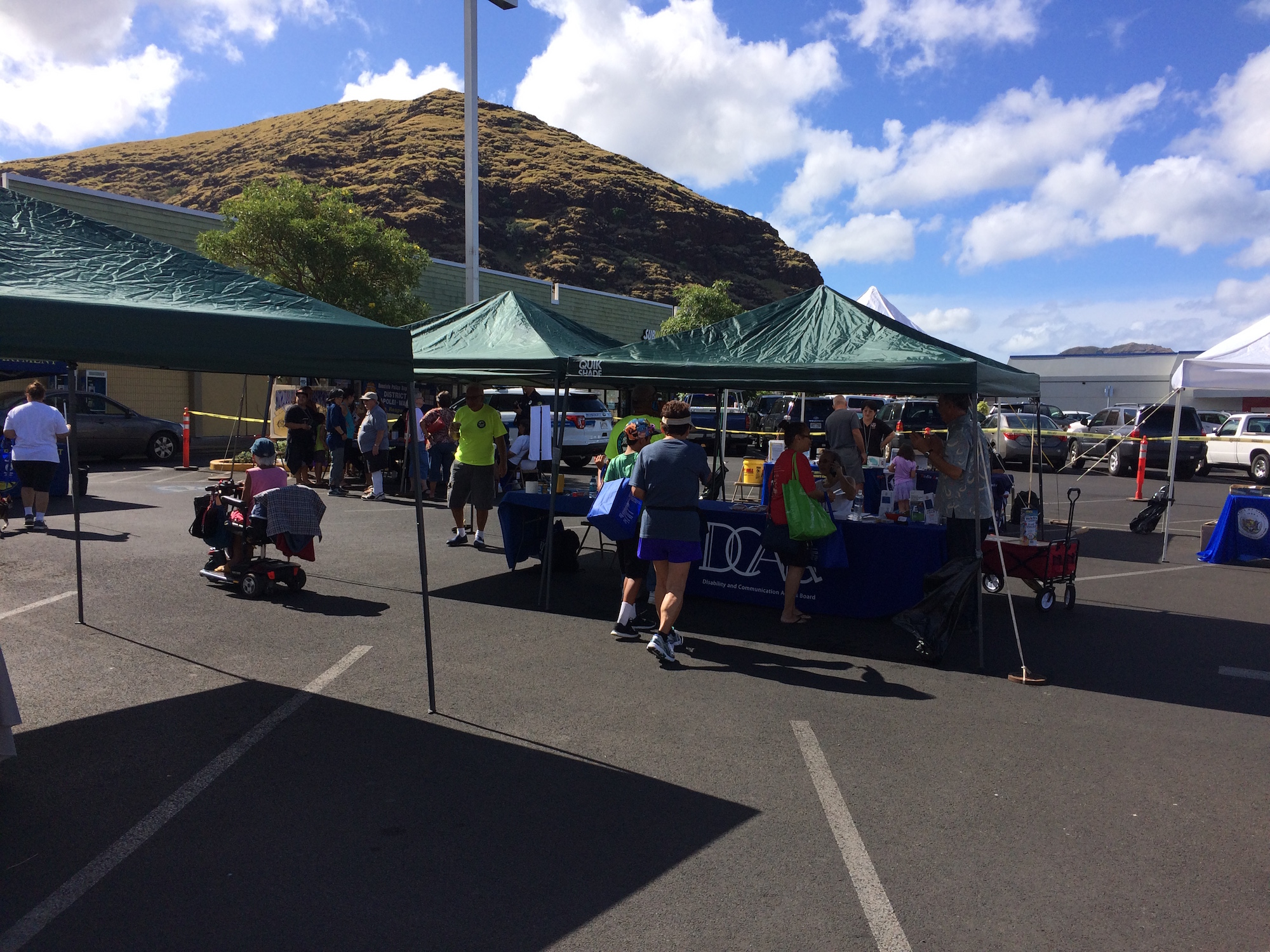 Waiʻanae Coast Disaster Readiness Fair booths.
