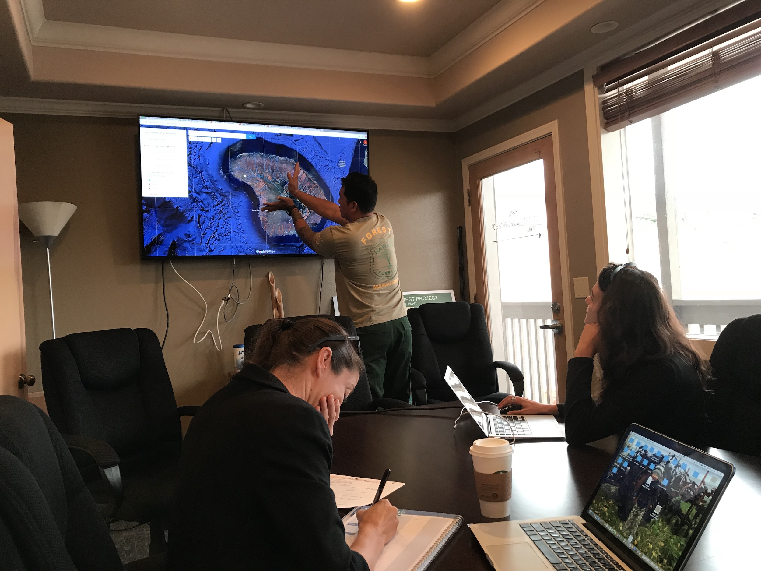 Mapping with Lance De Silva of DOFAW.