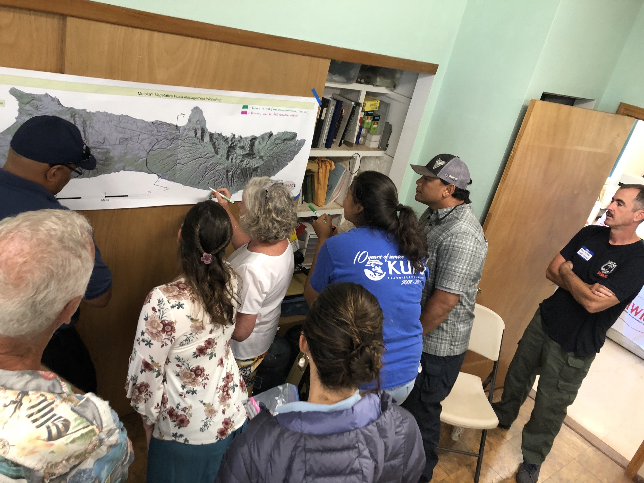 Molokai Vegetative Fuels Management Collaborative Action Planning and Mapping Workshop_4_2_2019_8.JPG