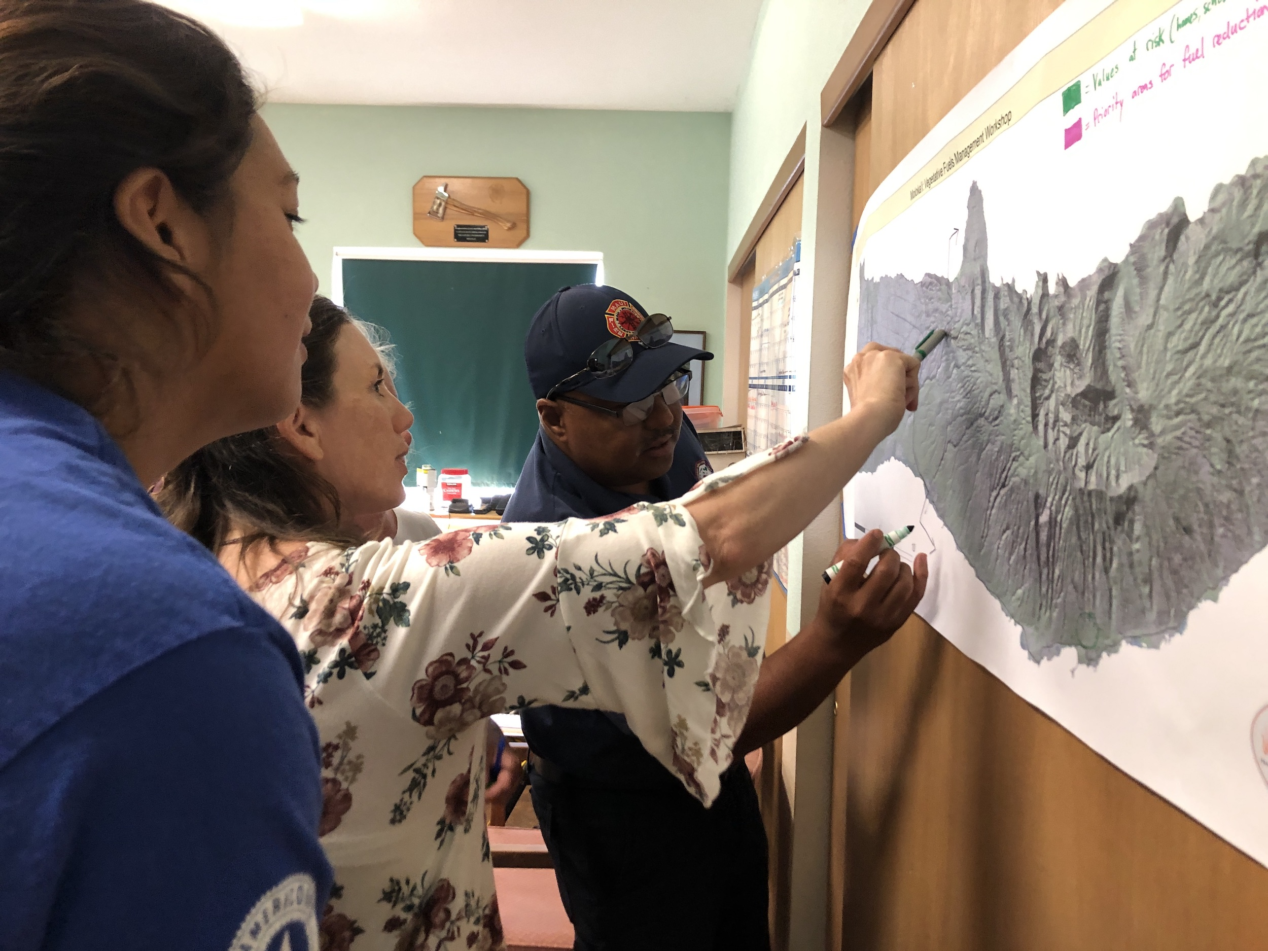 Molokai Vegetative Fuels Management Collaborative Action Planning and Mapping Workshop_4_2_2019_9.JPG