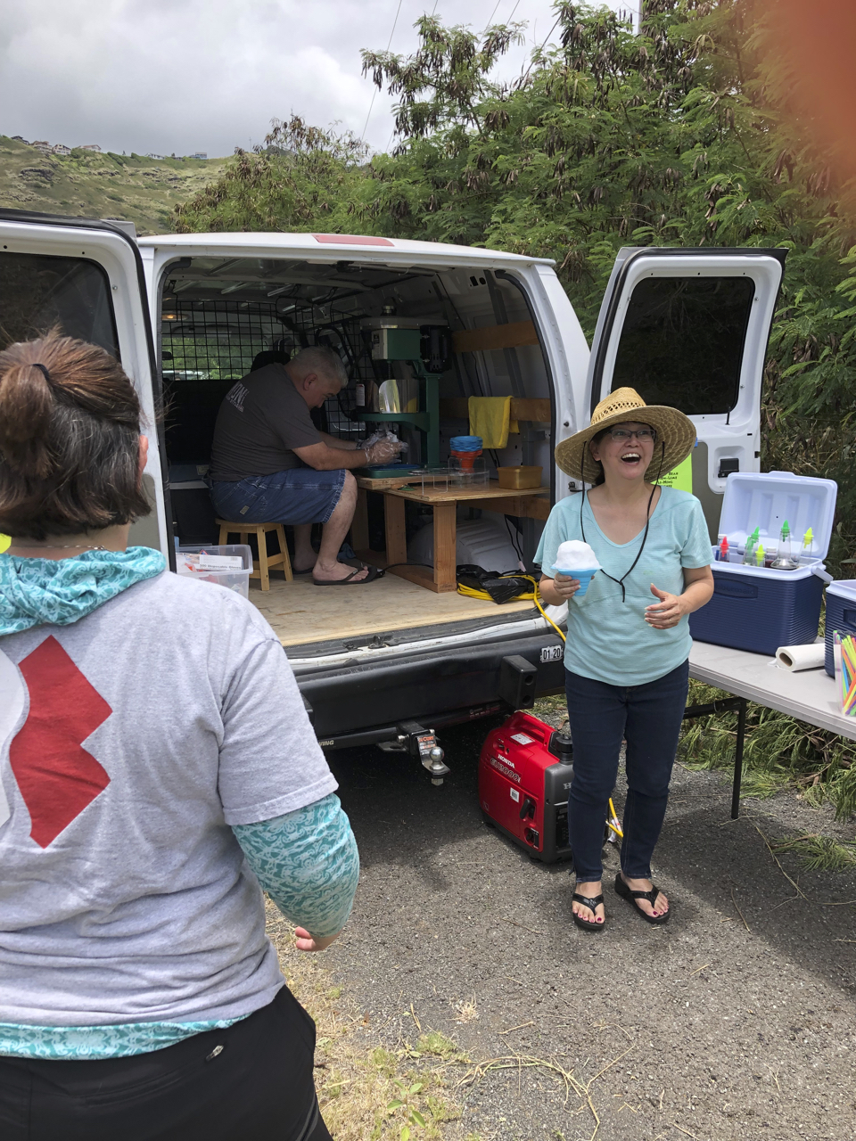 Kamilonui-Mariner's Cove Memorial Day Weekend Wildfire Mitigation Project_2019_5_25_Credit Aloha Aina O Kamilo Nui_12.jpeg